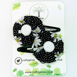 Black Daisy Hair Clips